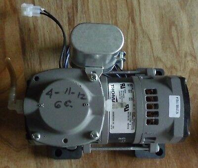 Thomas Model 107h20tfel -194 Vacuum Pump