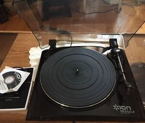 ION PROFILE Pro LP Turntable