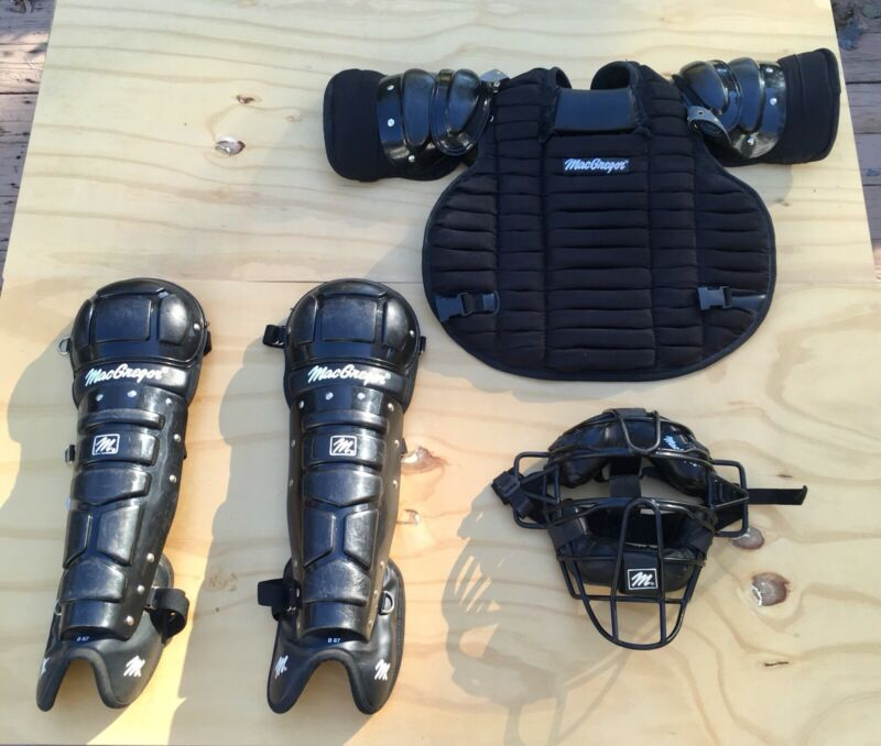 MacGregor Umpires Protective Gear: Face Mask, Chest Protector, and Shin Guards