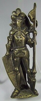 Old Brass Figural KNIGHT IN ARMOR Door Knocker nicely detailed hardware (Old Knight Armor)