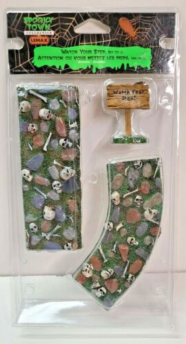 LEMAX SPOOKY TOWN WATCH YOUR STEP SET OF 3 PCS RETIRED