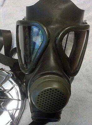 Drager Military Gas Mask Respirator Newold Stock Unissuedno Filtergerman Made