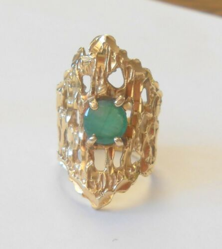 30 mm Modernist Brutalist 14K Yellow Gold 7 mm Emerald Solitaire Ring Size 6.5