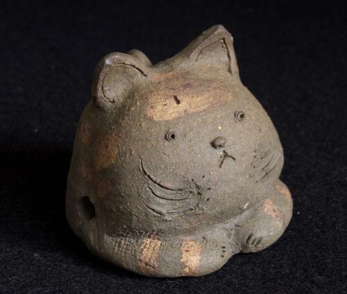 Japanese Clay Bell Dorei 2001 Tokoname-yaki : design Cat : signed Terumi Kondo