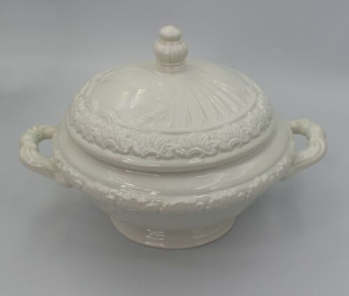 White Italian Pottery Soup Tureen With Lid Made In Italy