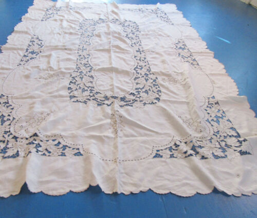 Vintage Madeira Tablecloth 12 Napkins Cutwork & Embroidery 68x96