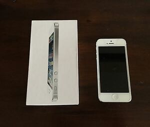 iPhone 5 with original box, earpod, charger, case..