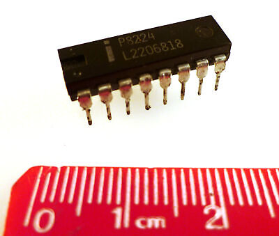 Intel P8224 Clock Generator And Driver Integrated Circuit 1980s Om035e