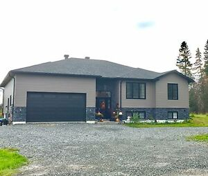 Newly built home in ideal Porcupine lake area!