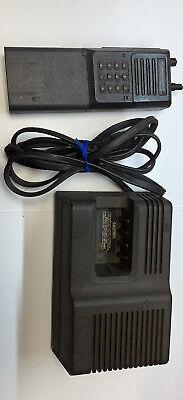 Motorola Mt1000 Handie-talkies Radio H34gcu7180an With Charger