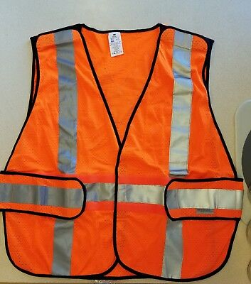 3M 94625-80030T Class 2 Construction Hi-Viz Safety Vest, Orange 1 size fits most