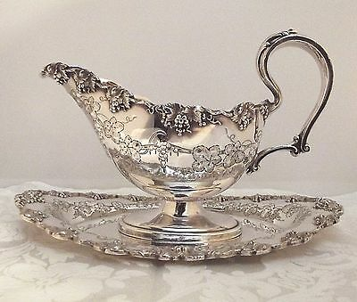 Barbour/International Rogers VINTAGE Chased Grape GRAVY BOAT & Underplate #5336