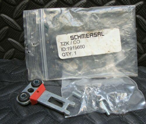 NEW Schmersal TZK/CO Actuator Key