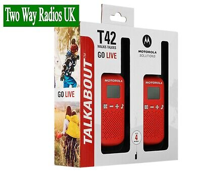 MOTOROLA WALKIE TALKIES TWO WAY RADIOS - LICENCE FREE TLKR T42 TWIN PACK - RED