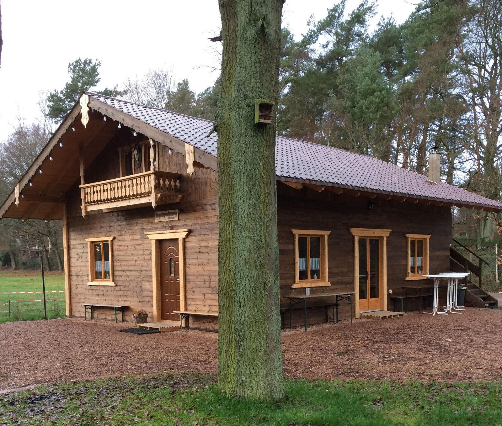 Neues ferienhaus holzhaus blockhaus gartenhaus for Holzhaus blockhaus