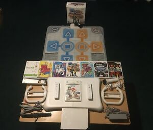 Wii bundle 8 games with mat, mic and balanceboard