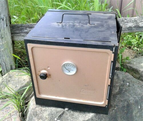 Vintage Coleman Model 5010A700 Camp Oven New Old Stock w/ Brochure