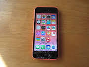 pink iphon5c-16G CRACKED SCREEN BUT STILL WORKING