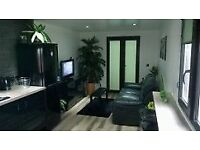 One bedroom Caravan Static home located in Nivensknowe Park Ltd .Furnished with garden