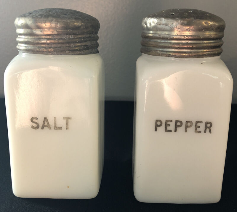 Pair Vintage Art Deco Milk Glass Salt And Pepper Shakers Skyscraper Shape