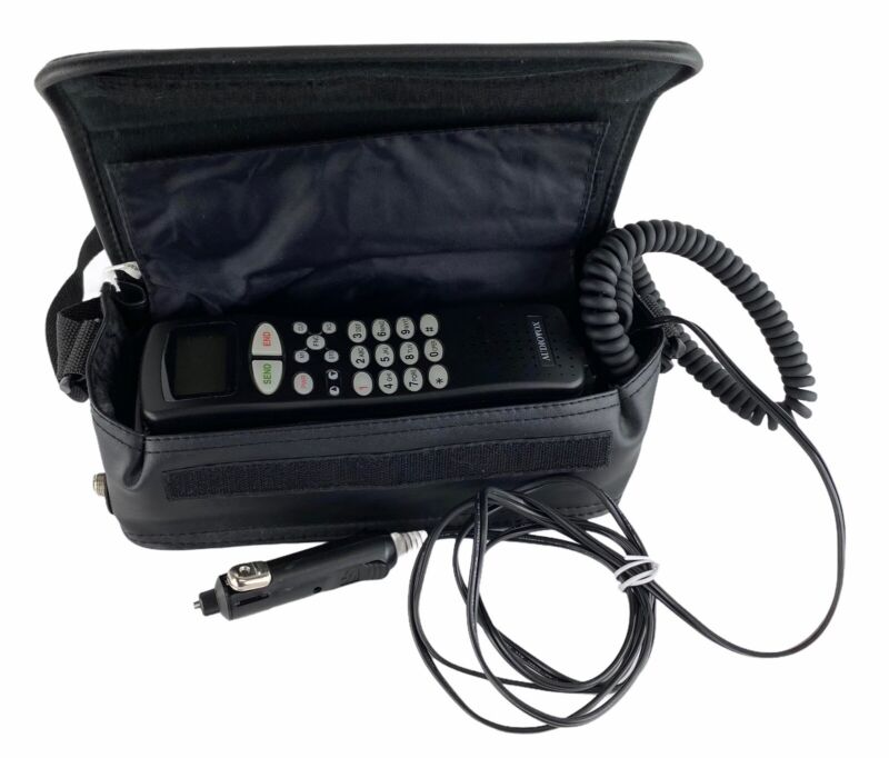 Vintage Toshiba Audiovox Portable Car Cell Mobile Phone Model PRT-9200 with Case