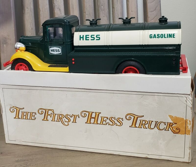 """Vintage 1980 """"The First Hess Truck"""" Tanker Truck with Box & Inserts NIB"""