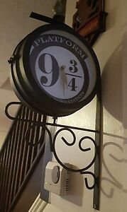Harry potter platform 9 3/4 station wall clock hand customised!