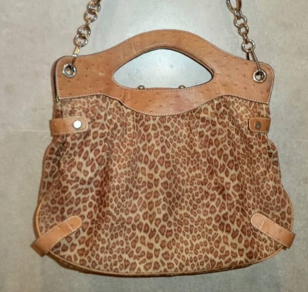 1951595dd0 GUESS  300 Large Bag Leopard Animal Print Shimmery Soft Handbag ...