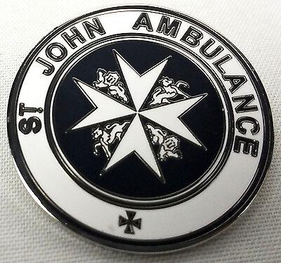 TARDIS St. John Ambulance Sign - Doctor Who TV Series Enamel Pin - Peter Capaldi