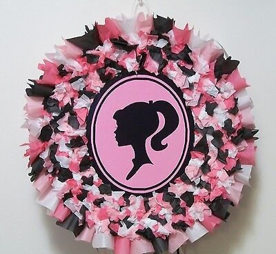 Barbie Silhouette Hit Pinata  - Pinata Barbie