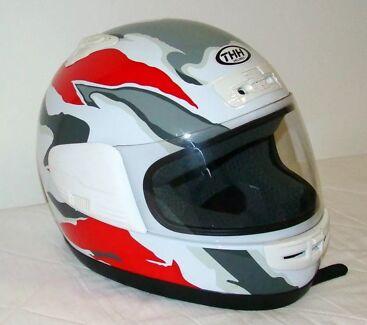 Helmet  THH  T-992 model Motorbike  full face Size.. Medium