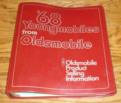 Original 1968 Oldsmobile Product Selling Information Dealer Salesmans Album
