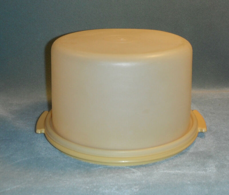 TUPPERWARE CAKE KEEPER