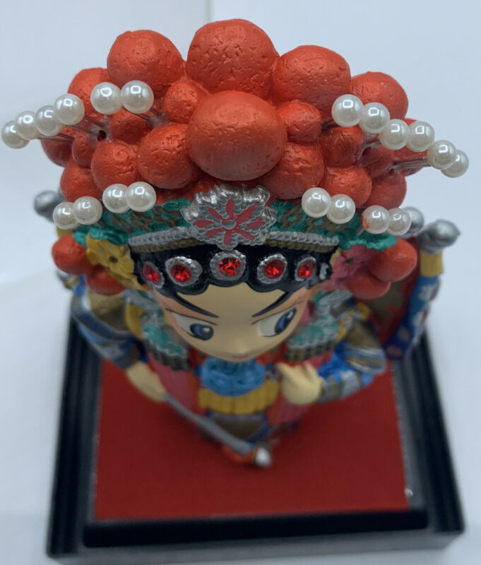 Models of The Characters In Peking Opera New in Ornate Box