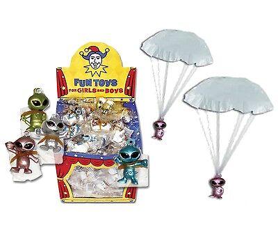 24 x Flying Alien Parachute Parachutist Men Party Loot Bag Fillers Toys T03 - Parachute Men