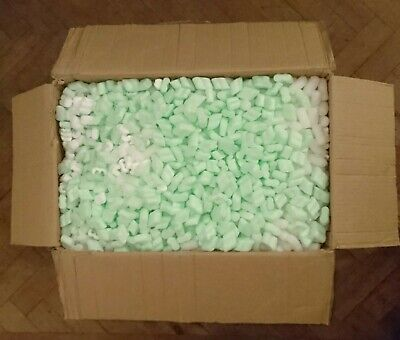Approximately 2 cubic feet of packing peanuts