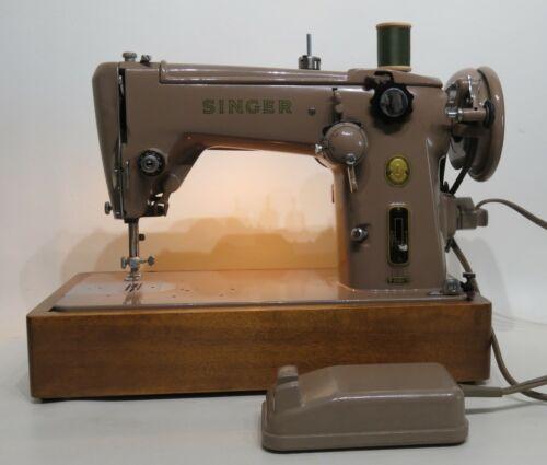 Singer Model 306K Zig Zag Sewing Machine Excellent Refurbished w/Accessories