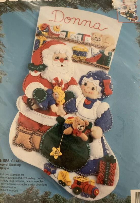 Mr Mrs Santa Claus 18in Felt Applique Xmas Stocking Kit Bucilla 83199 Complete
