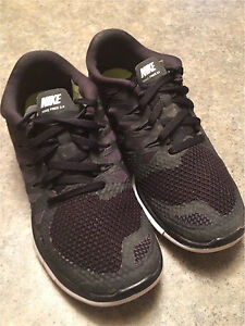 Boy's size 3- Nike Outdoor Shoes Peterborough Peterborough Area image 2
