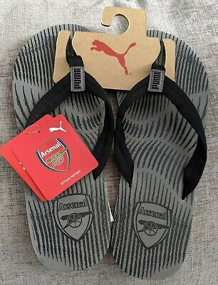 PUMA OFFICIAL ARSENAL FOOTBALL CLUB MENS FLIP FLOPS SIZE 6 NEW