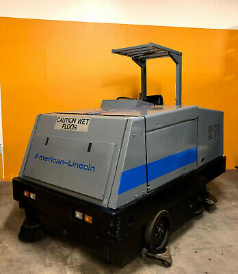 Clarke American Lincoln 7766 60 Sweep 54 Scrubber Riding Sweeper Scrubber.