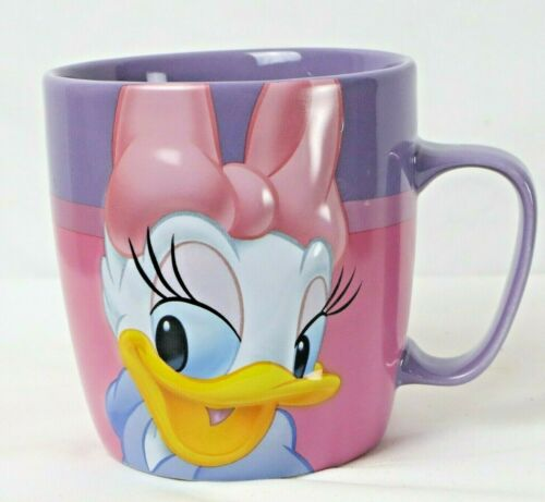 DISNEY DAFFY DUCK MUG