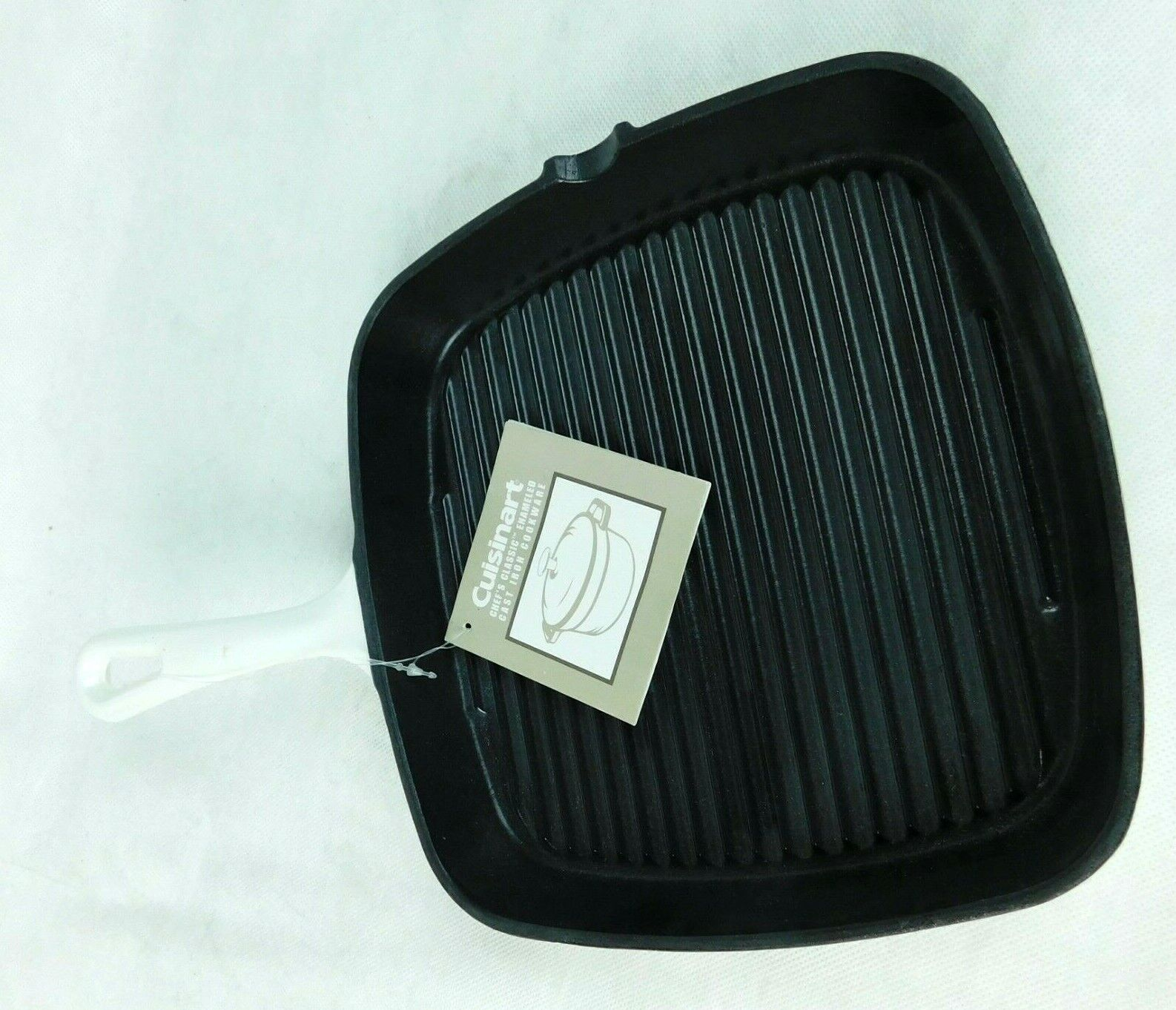 Cuisinart Chef's Classic White Enameled Cast Iron Fry Pan Gr