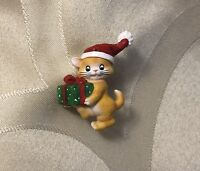 New Adorable Santa Kitten Brooch with Gift Bag