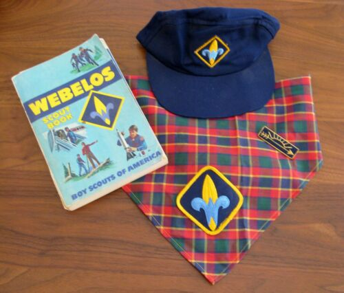 BSA WEBELOS – HAT, SCARF, BOOK & ARROW OF LIGHT PIN