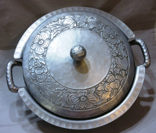 Vintage Hand Forged Everlast Hammered Aluminum Casserole Dish