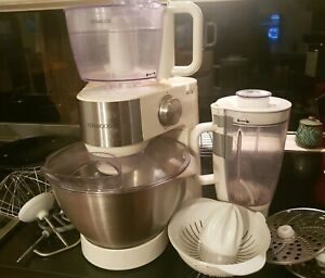 Kenwood stand mixer for PARTS ONLY.