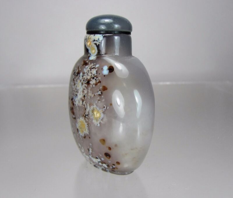 DENDRITIC CHALCEDONY Snuff Bottle, Qing Dynasty, 18th/19th Century