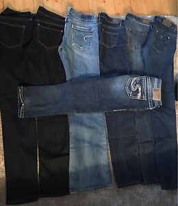 7 pairs of women's jeans
