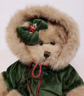 "BEARINGTON COLLECTION ""Decorating the Tree"" 14"" Christmas Plush Bear 2002 EUC"